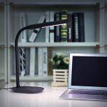 Aglaia Lampe de Bureau, Lampe de Table LED,Port USB de Recharge, 7W, Touch Control, 3 Niveaux de Luminosité Réglable, Cou Flexible 360°, Nero de la marque Aglaia image 1 produit