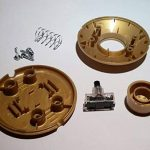 Interrupteur à pied rond doré 250V CE Interrupteur à pédale pour sur pied et de table Leuchten Interrupteur intermédiaire de la marque Christoph Palme Kristall image 2 produit