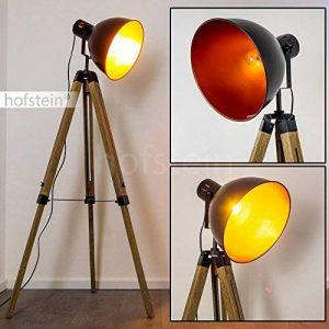 Lampadaire Egmont en métal de couleur noir et bois naturel - Luminaire sur pied pour salon - séjour - bureau - chambre à coucher - Lampe trépied ajustable en hauteur de la marque Hofstein image 0 produit