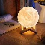 Lampe 3D lune tactile (avec un joli emballage) cadeau créatif lampe de nuit lampe art deco lampe veilleuse pour maison chambre bureau salon avec USB(12CM-mieux pour l'enfant) de la marque Wenscha image 4 produit