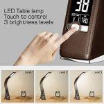 Lampe de bureau Wilit U2 LED - 5 W - Intensité variable - Avec réveil, calendrier, horloge, affichage de la température - Lampe de chevet avec 3 niveaux de luminosité réglables de la marque WILIT image 2 produit