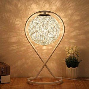 Lampe de table Lampe de chevet Simple moderne Creative Rotin - Chambre Art romantique Salon Décoration Décoration Lampe de table E27 * 1 - Ballon (Couleur : Blanc) de la marque XM lampe de table image 0 produit