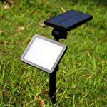 LEDNut 2 pièces LED Lampes Solaires de 320 Lumens, Projecteur à Énergie Solaire Étanche LED Lumière Murale 180° Réglable Extérieure Éclairage Paysager Luminaires de Nuit de Sécurité pour Jardin Spots Encastrés de Sol Lampe Solaire de Mât, Lampe pour Patio image 3 produit