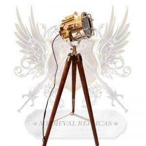 Medieval Replicas Lampe Design projecteur vintage (prise secteur Europe non garantie) de la marque medieval replicas image 0 produit