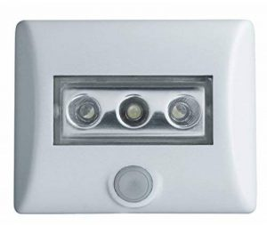 OSRAM Eclairage LED avec détecteur de mouvement Nightlux Eclairage de nuit LED / capteur de luminosité / pivotant fonctionnement à pile lumière du jour — 7000K Blanc de la marque Osram image 0 produit