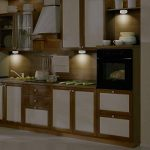OxyLED Luminaire de placard, veilleuse à DEL alimentée par batterie sans fil avec télécommande, lumières autocollantes pour couloir,salle de bains,chambre à coucher,cuisine (paquet de 6 pièces) de la marque OXYLED image 3 produit