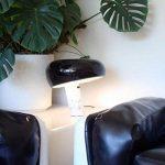 SNOOPY - Lampe à poser Marbre/Noir H37cm | Lampe à poser FLOS designé par Achille Castiglioni & Pier Giacomo Castiglioni de la marque Flos image 1 produit
