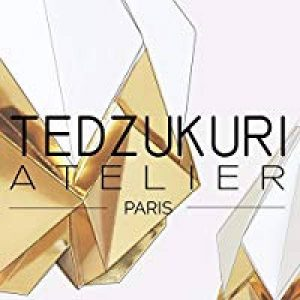 Suspension origami à faire soit même en papier bleu clair - DIY de la marque Tedzukuri Atelier image 0 produit